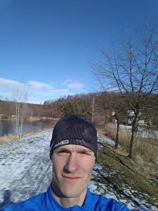 Vracečka z Hluboký, za únor nemám žádný foto, tak aspoň selfie s mizícím sněhem :-)